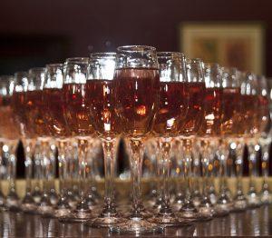 copas de champan vino espumoso celebracion bodas eventos banquetes