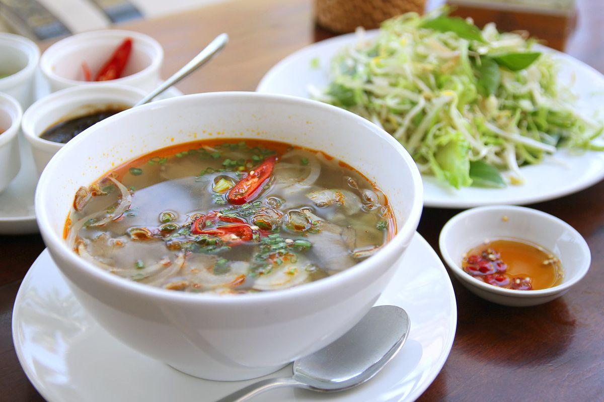 sabores asiaticos sopas chinas fideos y salsas